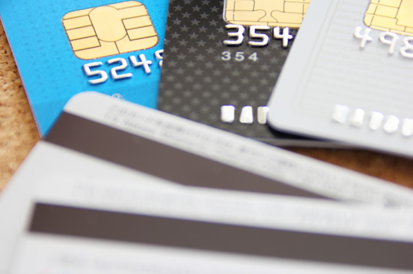 見落としがちな公共料金の節約術!支払いはクレジットカードの活用がおすすめ