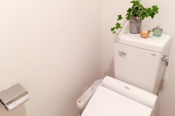 トイレの正しい節水方法で水道代を節約!タンクにペットボトルは実はNG