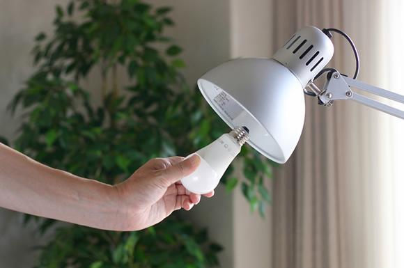 LED照明で部屋の明かりを節電!LED電球の昼光色や電球色の選び方&活用