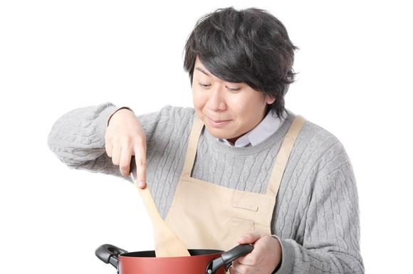食費で節約するなら外食と自炊の差は?自炊の節約効果を高める裏ワザ