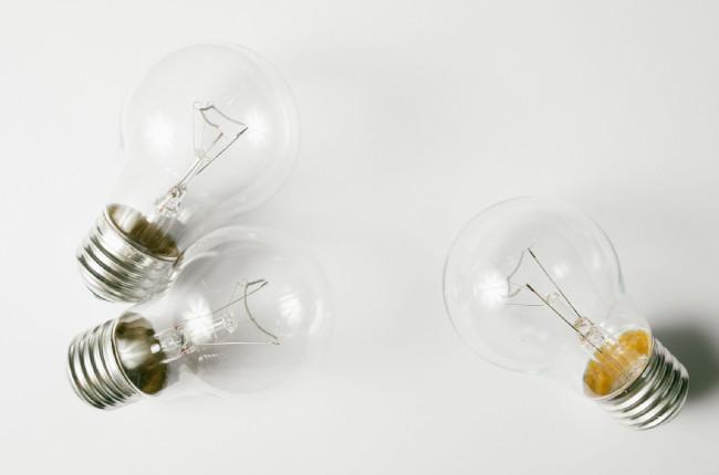 HTB「変なエネ」とは?再生可能エネルギー特化の電気供給スタート